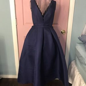 Dresses & Skirts - Navy dress with pockets